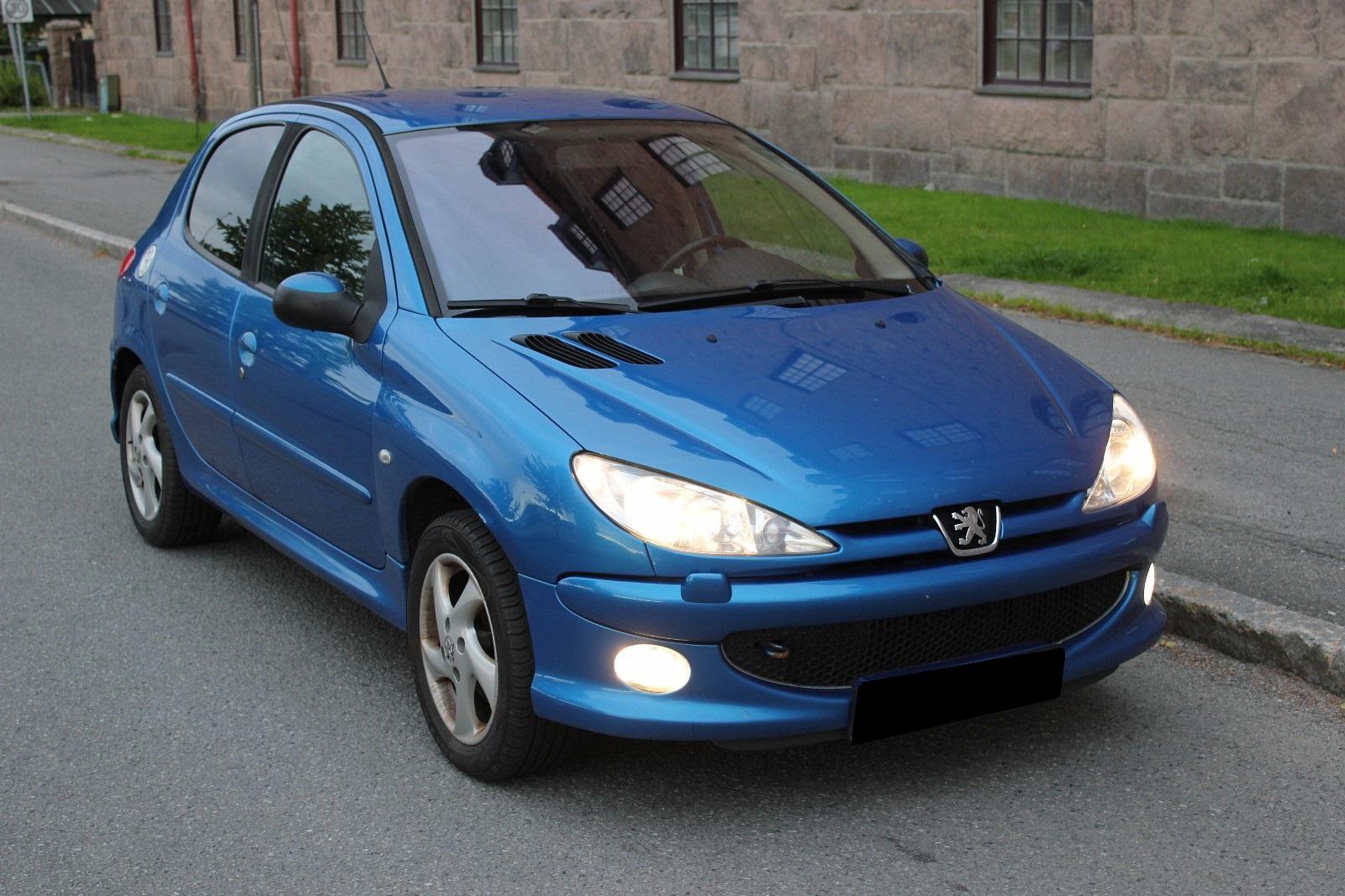 Auto occasion Peugeot 206 1.6 TDI 105CV 2008 Bleu Genève