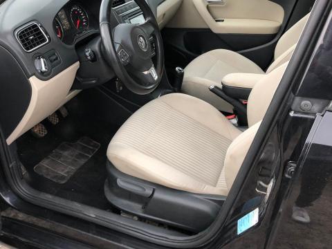 Volkswagen Volkswagen Polo 1,4 TDI Noir Cuir Beige Volkswagen Polo 1,4 TDI Noir Cuir Beige Noire