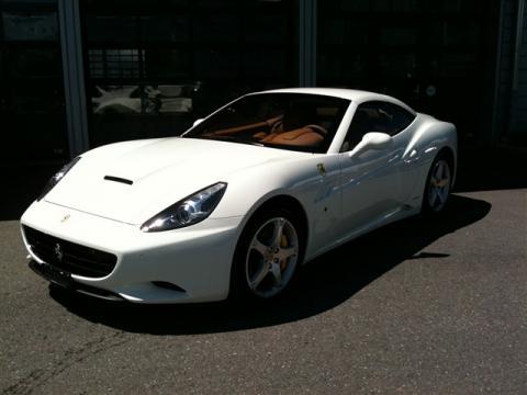 FERRARI California 4.3 V8 (cabriolet)