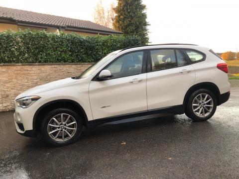 BMW X1 Drive 20i Blanc