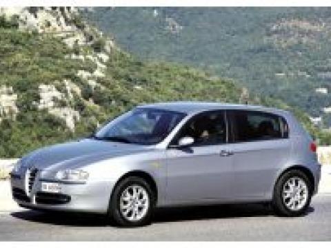 ALFA ROMEO 147 1.6 16V Distinctive (limousine)