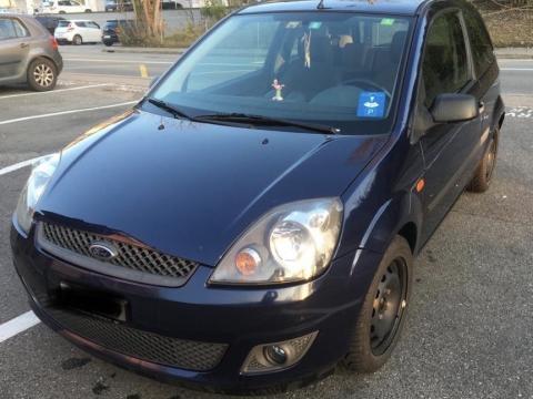 Ford Fiesta, 2006 Bleu