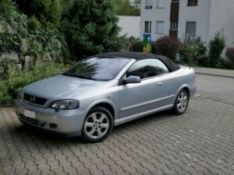 Opel ASTRA Cabrio 2.2i 16V Bertone Edition Gris