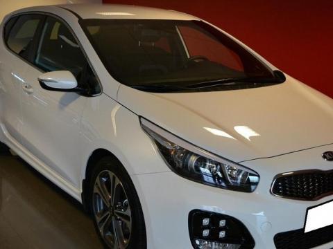 Kia Ceed cee'd 1.6 CRDi EX DPF Blanc
