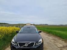 Volvo XC60  2.0 D DRIVe Momentum Noire